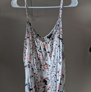 Torrid pale blush and gray floral tank top